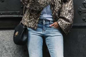 Firenze4Ever-Luisa_VIa_Roma-Chloe_Leopard_Jacket-Light_Blue_Blouse-Gucci_Jeans-_Look-Drew_Bag-Outfit-Florence-Street_Style-13